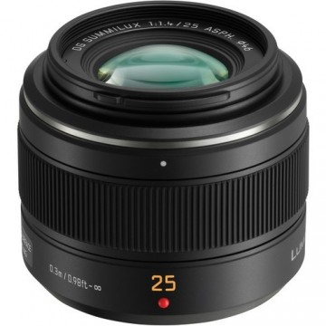 Panasonic 25mm f1.4 II Leica DG Summilux Lens