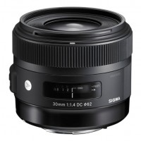 Sigma 30mm f1.4 DC HSM A Lens Canon Fit